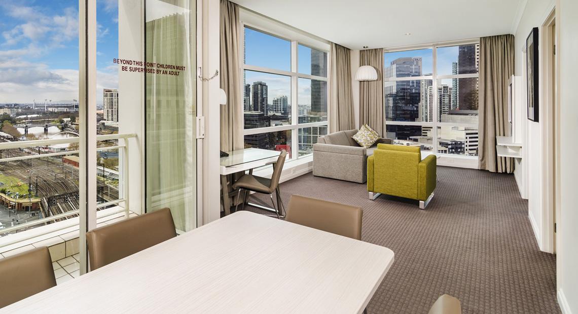 melbourne cbd hotel clarion suites gateway melbourne suites