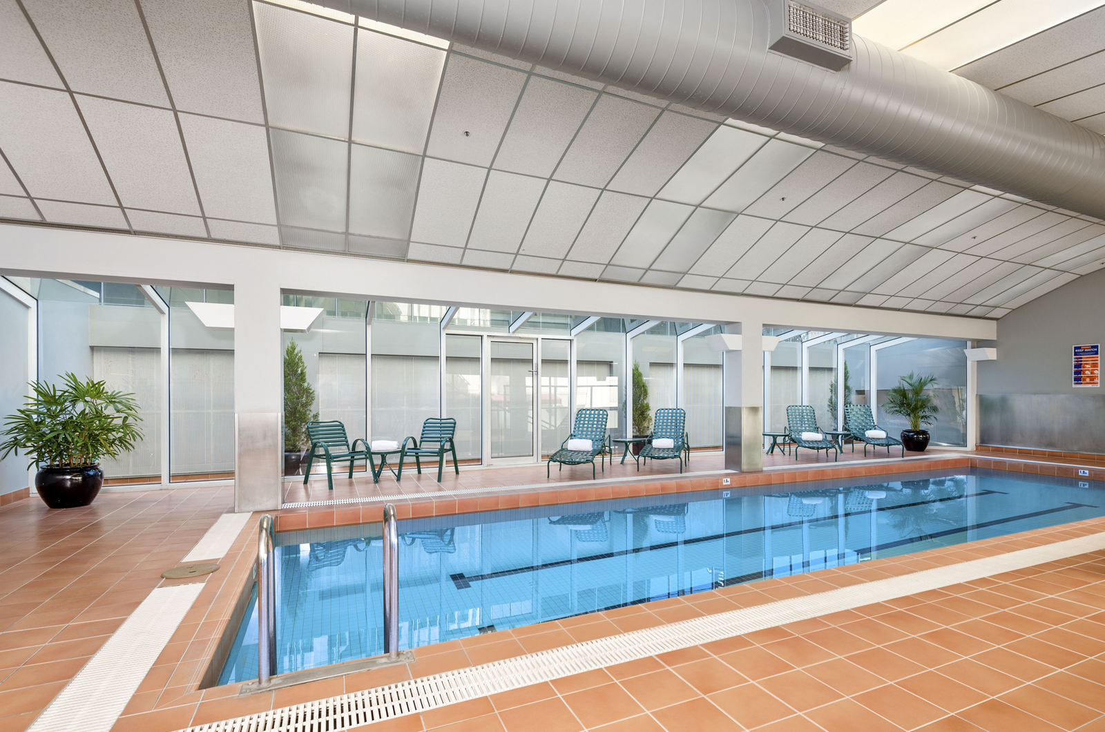 Clarion Suites Gateway heated pool